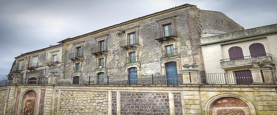 Esterni Palazzo Gandolfo Maggiore